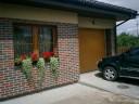 Brama garażowa LPU 40, ocieplana, przetłoczenia M