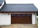 Brama garażowa LPU 40, przetłoczenia M, przeszklenie typ D