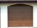 Brama garażowa LPU 40, przetłoczenia M, okleina, zamek z okuciami
