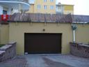 Brama przemysłowa SPU 40 z kratkami wentylacyjnymi