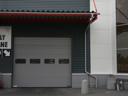 Brama przemysłowa SPU 40 z przeszkleniem typu A